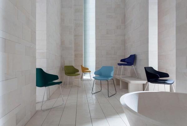 Cadeiras de design italiano luxy para interiores