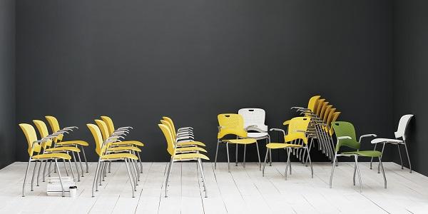 Cadeiras empilháveis de auditório Herman Miller