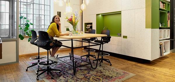 Cadeiras de cowork da marca alemã