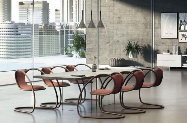 Cadeiras lounge utilizadas numa sala de reuniões