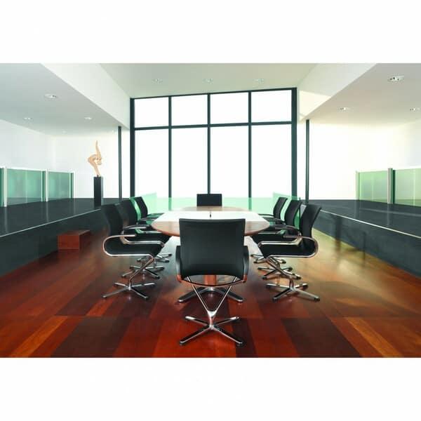 sala de reuniões com cadeiras para escritório dauphin