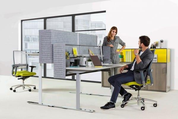 Estações de trabalho individuais com cadeiras para escritório Dauphin
