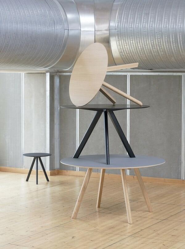 As mesas Round fazem parte da linha de mobiliário nórdico da marca