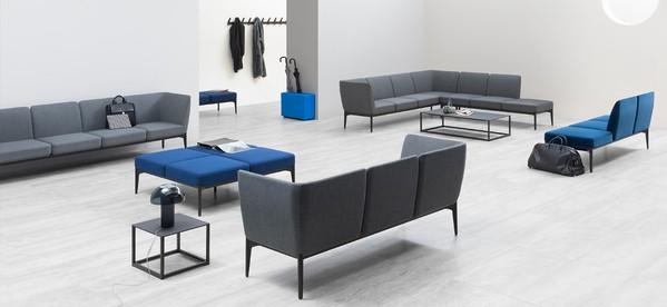 Sala de espera com móveis de escritório complementares Pedrali