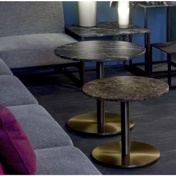 Tampos de mesa em mármore da marca italiana Pedrali