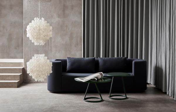 Sofá e iluminação da Verpan, marca que homenageia Verner Panton