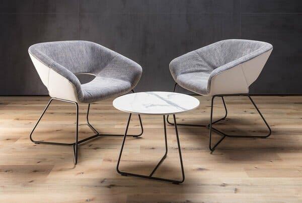 Cadeiras de escritório lounge da marca do grupo Dauphin