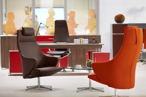 Os cadeirões da marca podem ser utilizados tanto em espaços domésticos como em espaços empresariais