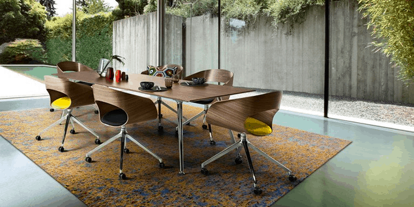 Cadeiras de visita de design da marca suiça