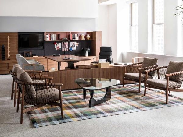 Escritório com espaço informal com móveis para escritório geiger furniture