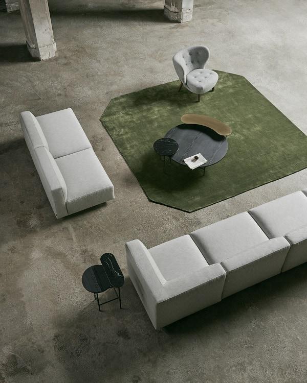 Móveis modernos de sala de estar da marca AndTradition